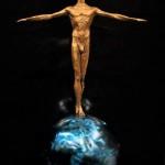 1. Αγγέλικα Κοροβέση_Ισορροπιστής Αλλαγών_2019_χυτός ορείχαλκος, ανοξείδωτος χάλυβας, χρώμα_80x60x35 cm